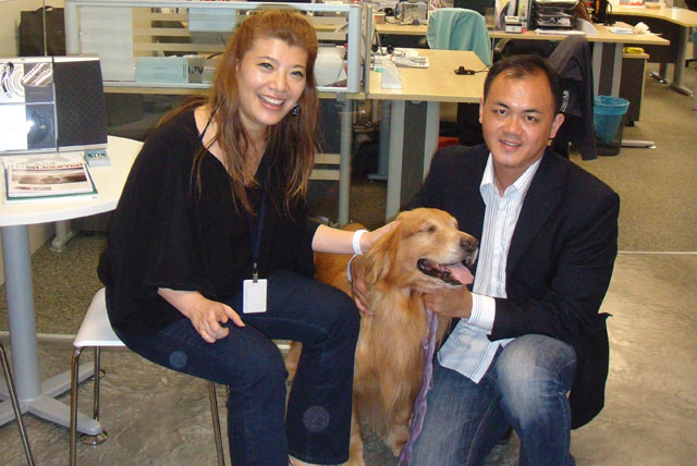 "Mr. Gan with Freda Liu lived on BFM89.9. Topic; ""Pet Care As A Profession"""